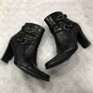 Bass Black Leather Ankle Booties Size 5.5